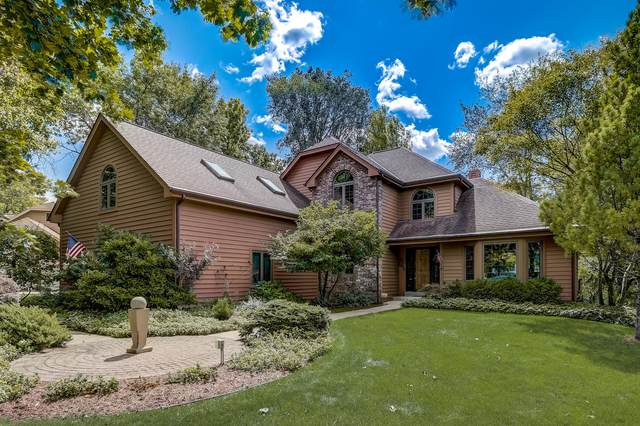W275N2491 Wildflower Rd, Pewaukee, WI 53072 (#1762434) :: OneTrust Real Estate