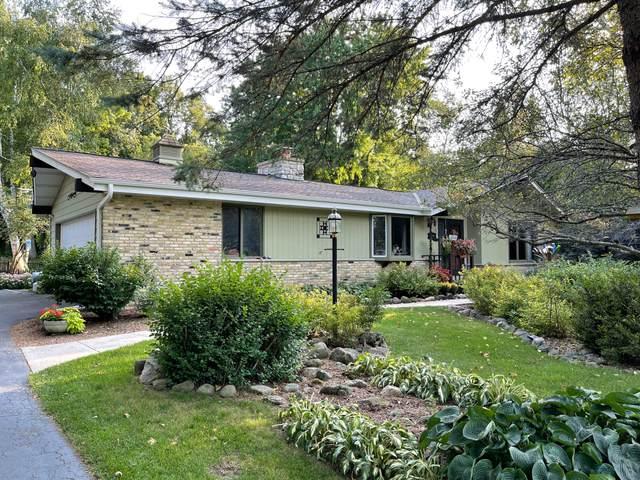 7295 Glencoe Dr, Cedarburg, WI 53012 (#1762485) :: OneTrust Real Estate
