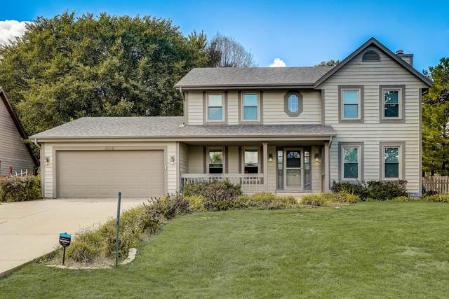 8526 221st Ave, Salem Lakes, WI 53168 (#1762506) :: Re/Max Leading Edge, The Fabiano Group