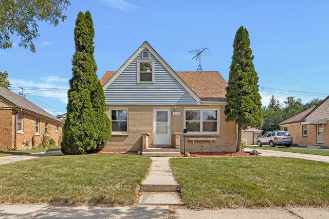 3330 N 95th St, Milwaukee, WI 53222 (#1762562) :: Re/Max Leading Edge, The Fabiano Group