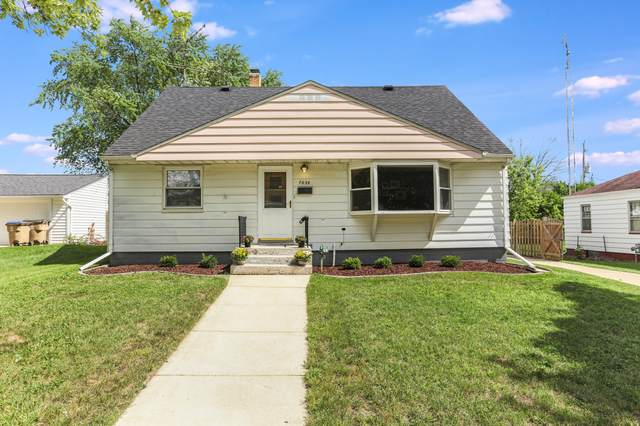 7639 48th Ave, Pleasant Prairie, WI 53142 (#1762624) :: Re/Max Leading Edge, The Fabiano Group