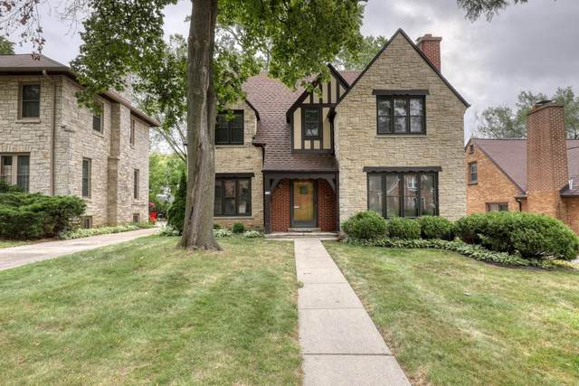 150 N 86th St, Wauwatosa, WI 53226 (#1762968) :: RE/MAX Service First
