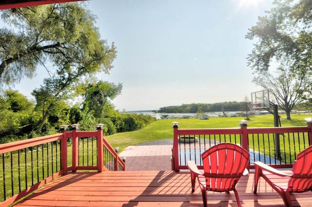 3900 Country Lane Dr, Delavan, WI 53115 (#1763202) :: Re/Max Leading Edge, The Fabiano Group