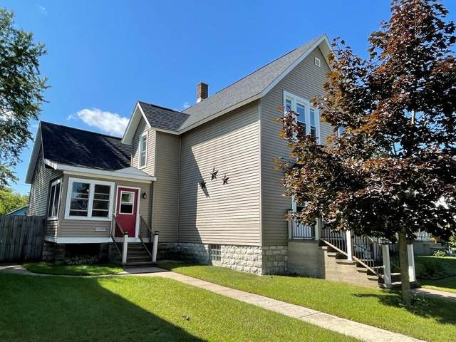 807 Water, Marinette, WI 54143 (#1763226) :: OneTrust Real Estate