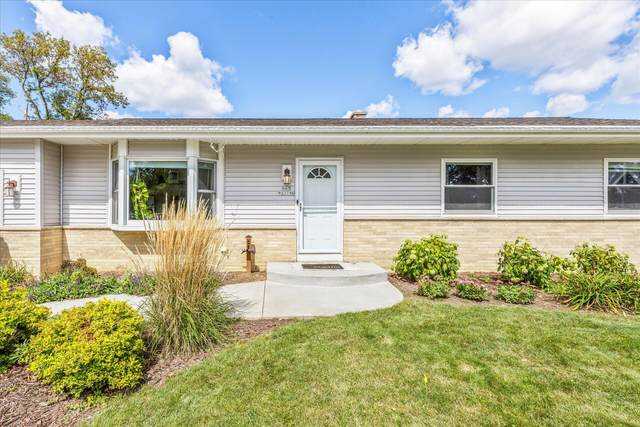 N63W23786 Pembrooke St, Sussex, WI 53089 (#1763316) :: RE/MAX Service First