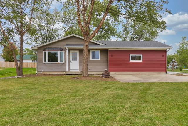 28610 Wilmot Rd, Salem Lakes, WI 53179 (#1763385) :: Re/Max Leading Edge, The Fabiano Group