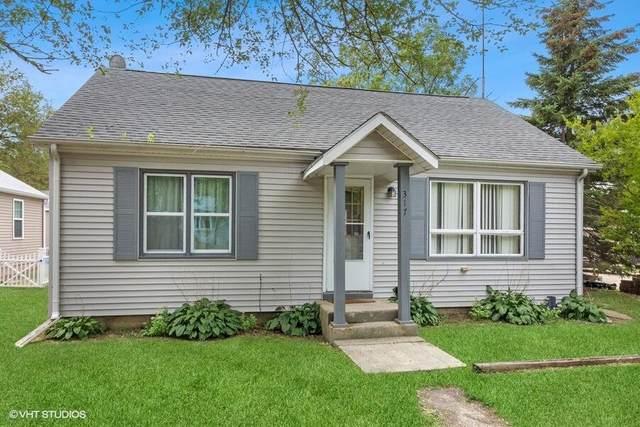 317 Schroeder Ave, Delavan, WI 53115 (#1763389) :: EXIT Realty XL