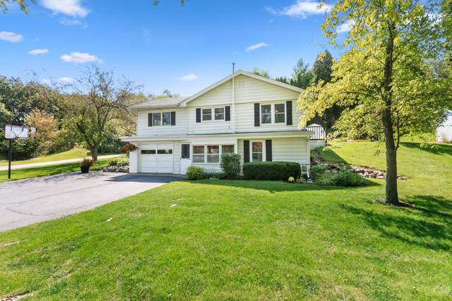 545 Hill St, Walworth, WI 53184 (#1763455) :: OneTrust Real Estate