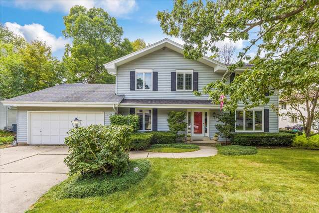 3175 S 149th St, New Berlin, WI 53151 (#1763486) :: RE/MAX Service First