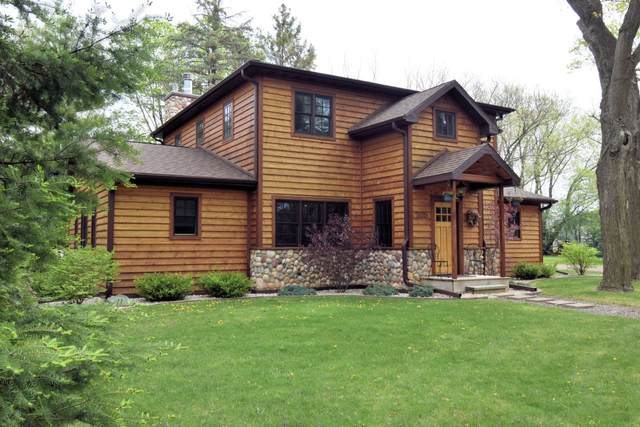 205 Theatre Rd, Williams Bay, WI 53191 (#1763605) :: RE/MAX Service First