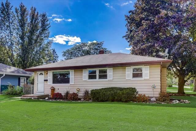W170N9367 Woodlawn Dr, Menomonee Falls, WI 53051 (#1763706) :: OneTrust Real Estate