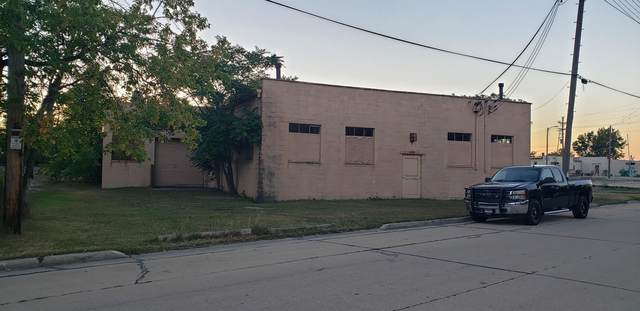 1910 Edgewood Ave, Racine, WI 53404 (#1763716) :: EXIT Realty XL