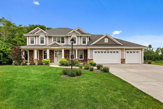 W194S8733 Wind Crest Ct, Muskego, WI 53150 (#1763766) :: EXIT Realty XL