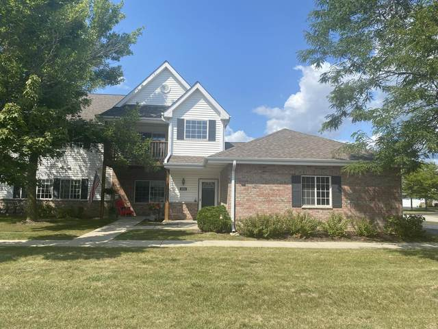 4783 S Forest Point Blvd, New Berlin, WI 53151 (#1763782) :: RE/MAX Service First