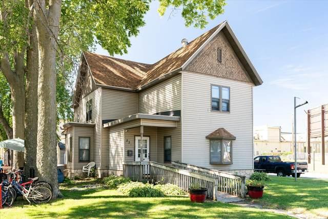 231 Copeland Ave, La Crosse, WI 54603 (#1763840) :: OneTrust Real Estate