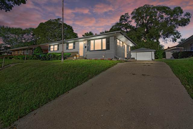 6416 N 84th St, Milwaukee, WI 53224 (#1763883) :: EXIT Realty XL