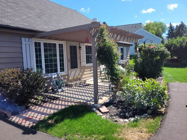 12552 N Woodland Dr, Mequon, WI 53092 (#1763936) :: OneTrust Real Estate