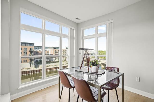 1915 N Water St #305, Milwaukee, WI 53202 (#1763969) :: OneTrust Real Estate