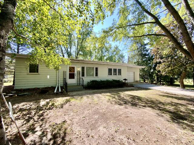 W387S3050 County Road Z, Dousman, WI 53118 (#1763985) :: RE/MAX Service First
