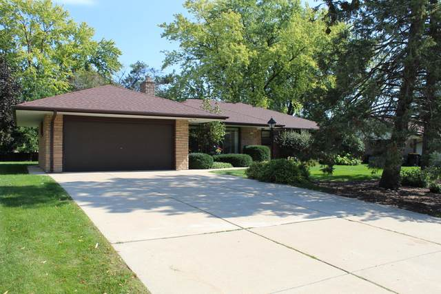 1236 N 117th St, Wauwatosa, WI 53226 (#1763991) :: EXIT Realty XL
