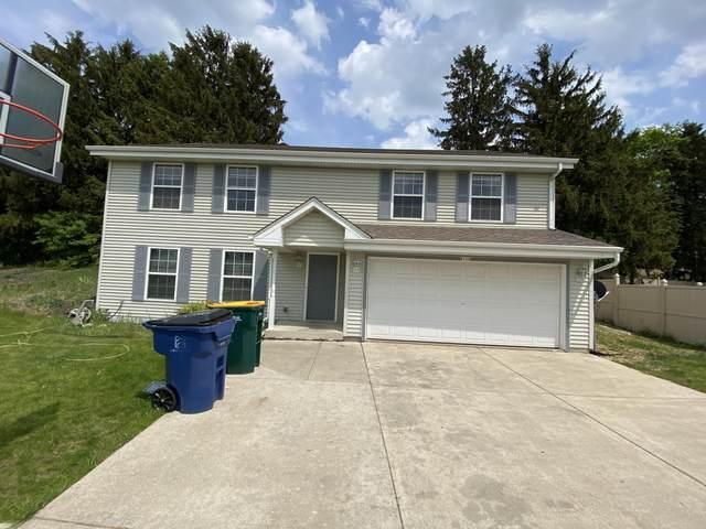 8124 S Wynona Dr, Oak Creek, WI 53154 (#1764062) :: EXIT Realty XL