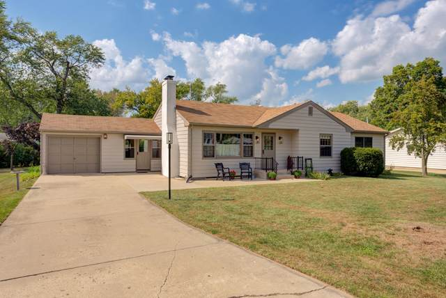 12028 257th Ave, Salem Lakes, WI 53179 (#1764131) :: EXIT Realty XL