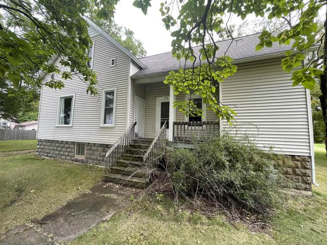 2118 10TH St, Marinette, WI 54143 (#1764230) :: EXIT Realty XL