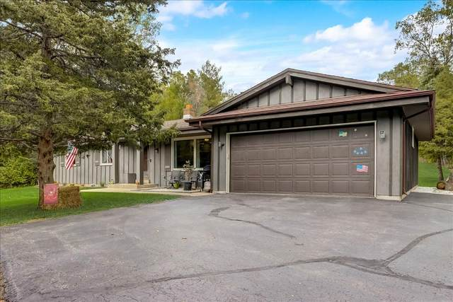 W325S9761 Beulah Rd, Mukwonago, WI 53149 (#1764388) :: Re/Max Leading Edge, The Fabiano Group