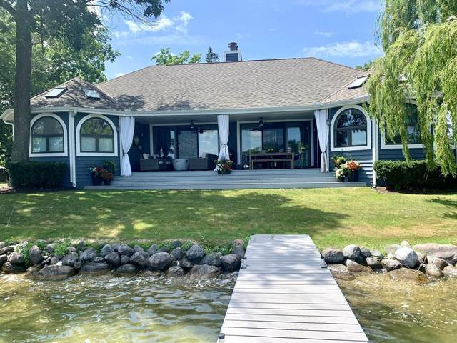 298 W Park Dr, Twin Lakes, WI 53181 (#1764476) :: EXIT Realty XL