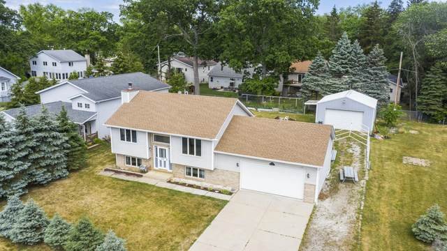 9924 270th Ct, Salem Lakes, WI 53179 (#1764496) :: EXIT Realty XL