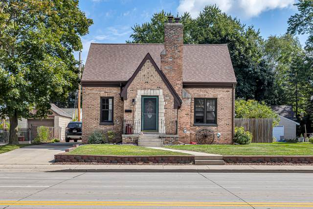 1035 N 18th St, Manitowoc, WI 54220 (#1764525) :: Re/Max Leading Edge, The Fabiano Group