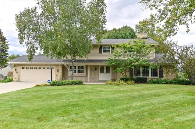 732 Grand Ave, Thiensville, WI 53092 (#1764569) :: Keller Williams Realty - Milwaukee Southwest