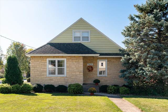 2432 Hass St, La Crosse, WI 54601 (#1764719) :: Re/Max Leading Edge, The Fabiano Group