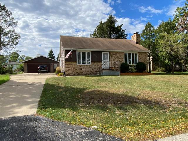 6114 242nd Ave., Paddock Lake, WI 53168 (#1764868) :: Re/Max Leading Edge, The Fabiano Group