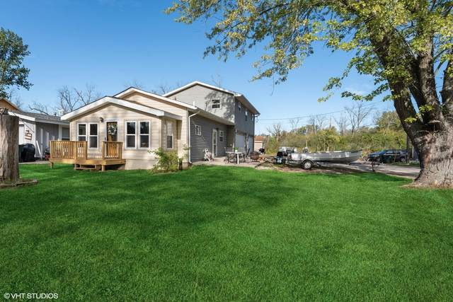 813 Rosebud Ave, Twin Lakes, WI 53181 (#1764912) :: Re/Max Leading Edge, The Fabiano Group