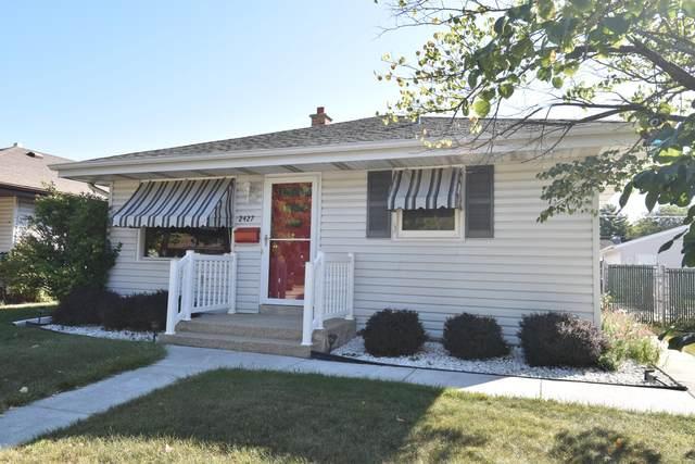 2427 Grove Ave, Racine, WI 53405 (#1764917) :: Keller Williams Realty - Milwaukee Southwest