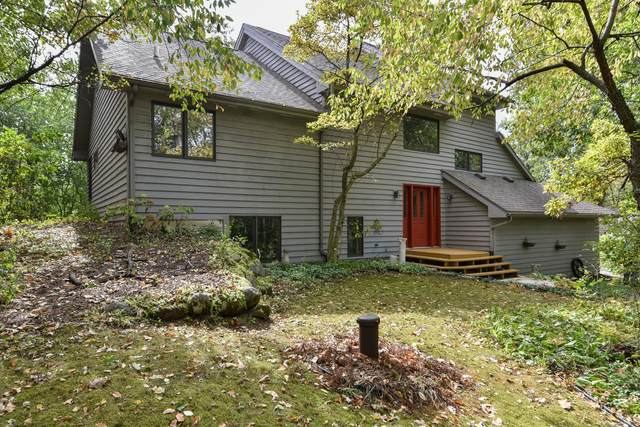 W7844 Crestview Dr, Whitewater, WI 53190 (#1764929) :: Re/Max Leading Edge, The Fabiano Group