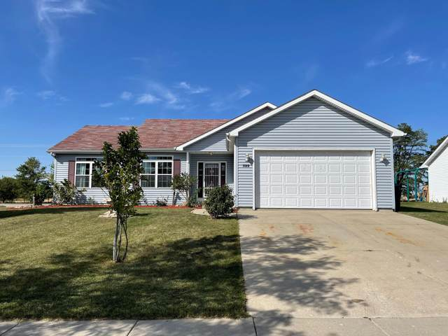 322 Linden Ln, Delavan, WI 53115 (#1764954) :: Re/Max Leading Edge, The Fabiano Group