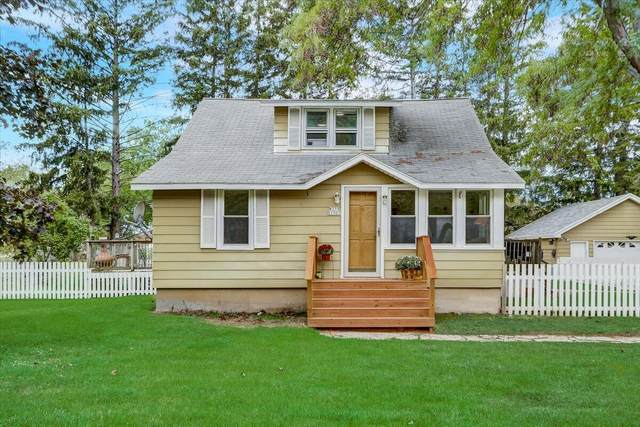 W359S1901 State Rd 67, Ottawa, WI 53118 (#1764961) :: Re/Max Leading Edge, The Fabiano Group