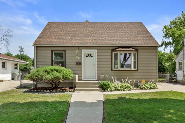 5722 N 79th St, Milwaukee, WI 53218 (#1764975) :: Re/Max Leading Edge, The Fabiano Group