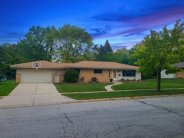 6528 Manchester, Greendale, WI 53129 (#1764978) :: Re/Max Leading Edge, The Fabiano Group