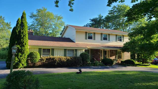 9245 N Waverly Dr, Bayside, WI 53217 (#1765071) :: Re/Max Leading Edge, The Fabiano Group