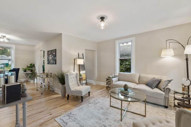 W58N455 Hilbert Ave, Cedarburg, WI 53012 (#1765269) :: Tom Didier Real Estate Team