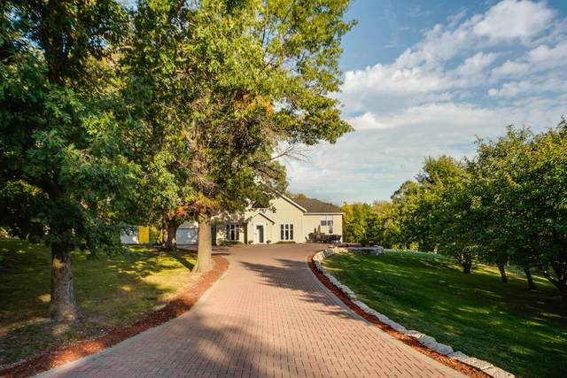 N6434 Candlewood Ln, Lafayette, WI 53121 (#1765355) :: EXIT Realty XL