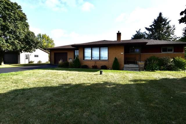 3703 W 5 1/2 Mile Rd, Raymond, WI 53108 (#1765473) :: RE/MAX Service First