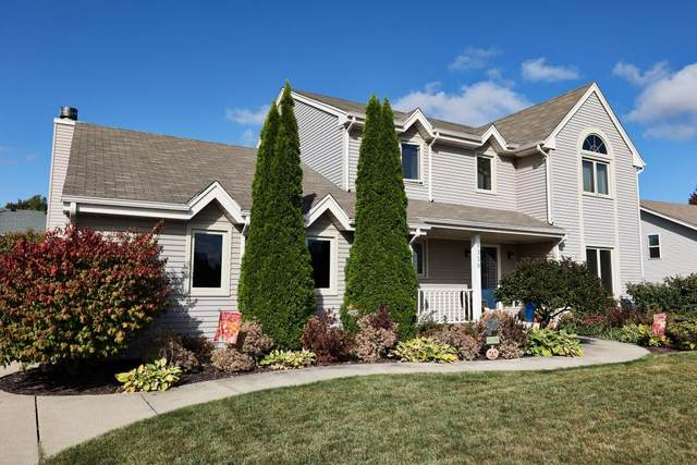 9339 S 44th Ct, Franklin, WI 53132 (#1765810) :: EXIT Realty XL