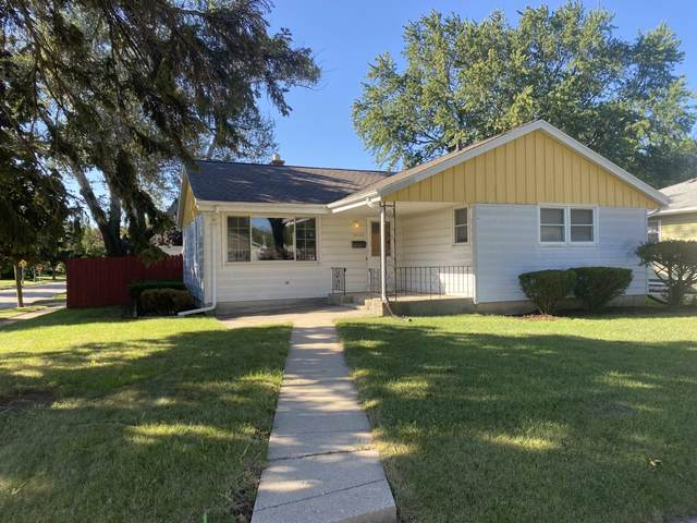 10325 W Rae Ave, Milwaukee, WI 53225 (#1765870) :: RE/MAX Service First
