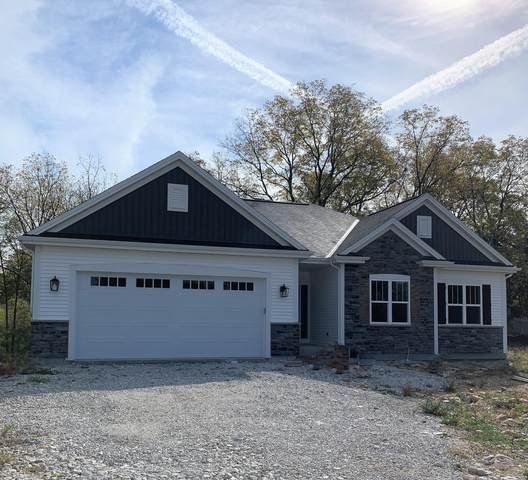 907 Foxwalk Dr, Waterford, WI 53185 (#1765891) :: RE/MAX Service First