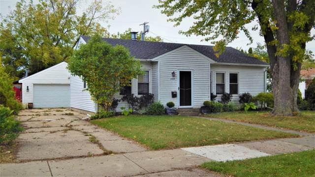 2425 Bate St, Racine, WI 53403 (#1765916) :: RE/MAX Service First