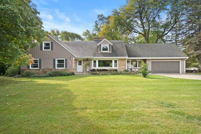 13513 W Cardinal Pkwy, New Berlin, WI 53151 (#1765983) :: RE/MAX Service First